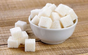 Quelle: http://www.telegraph.co.uk/news/science/science-news/11657719/Sugar-does-not-make-children-hyperactive-claims-psychologist.html