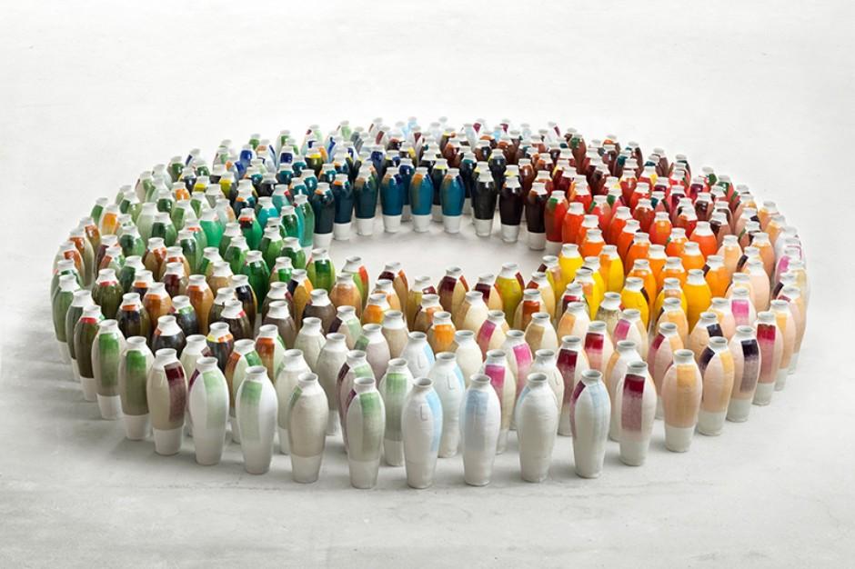 Jongerius_coloured-vases-series-3-total©Gerrit_Schreurs-1920x1200